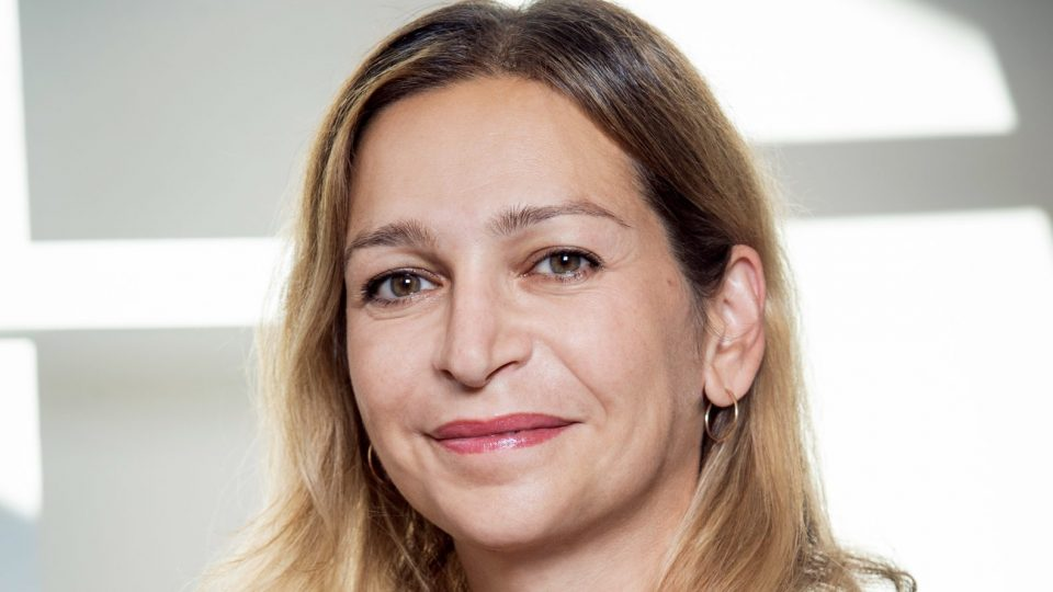 Sabina Gros, Unify